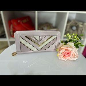 Preloved MARIKAI purse